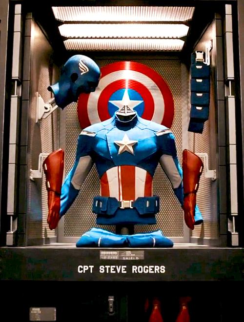 Avengers_Capsuit