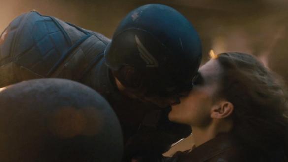 Peggy_Cap_kiss